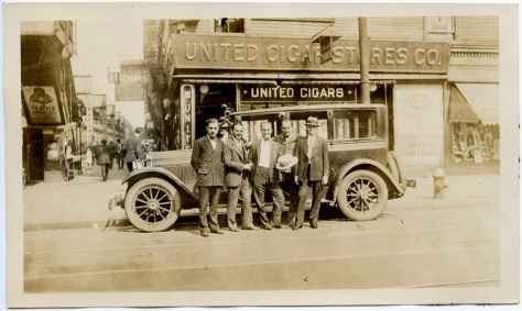 Early 1920s Packard, at the United Cigars store