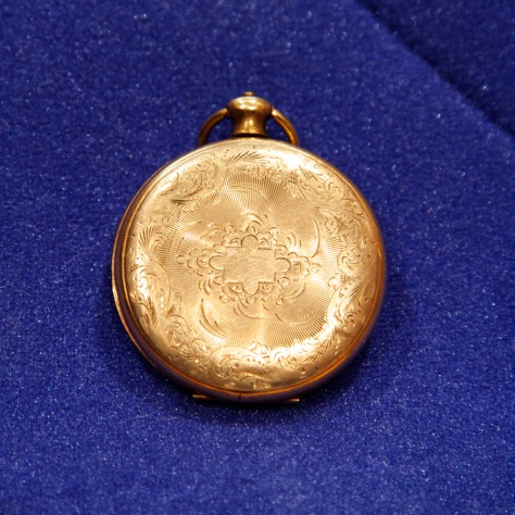 Locket, rear cover