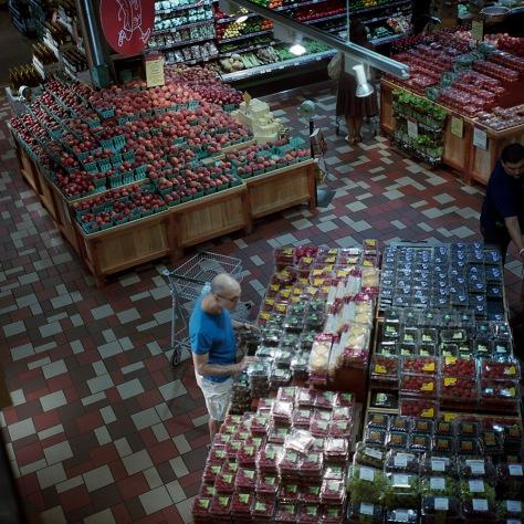 Fruit Shopper, Whole Foods P Street