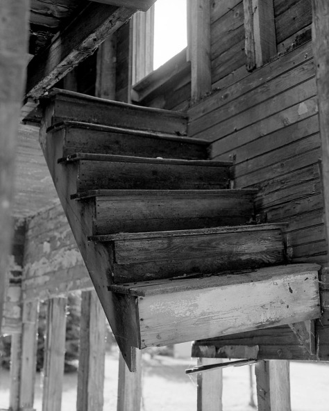 Hanging Stairs, Good Hart