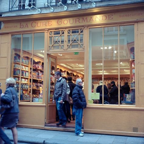 Cure Gorumande sweet shop, Rue St. Louis en L'Ile
