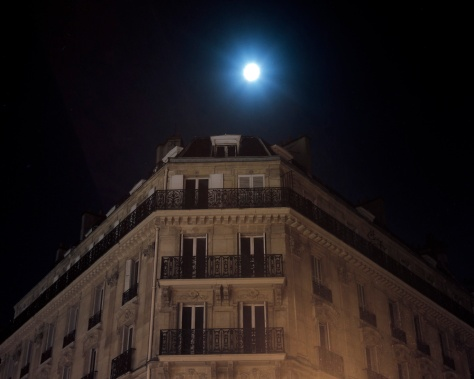 Full Moon Over Hotel, Ile de la Cite