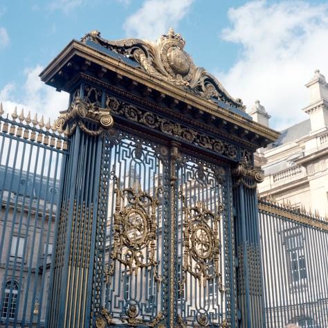 Gates, Palais De Justice