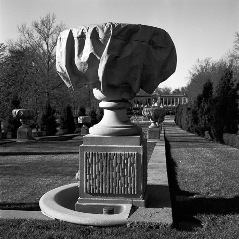 Urn, Prepared for Winter, Nemours
