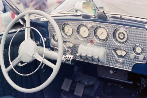 Dashboard, Cord 810