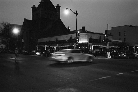 Le Diplomate, Twilight, Car