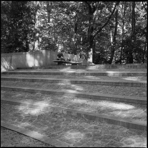 Reader, Bridge, Roosevelt Monument