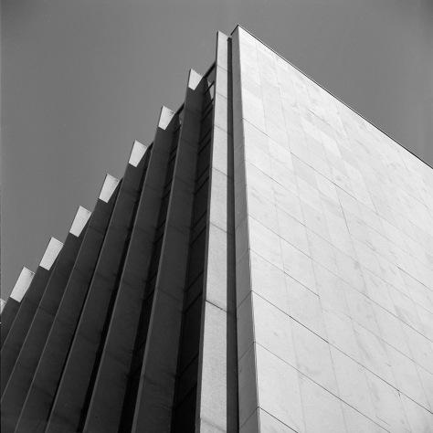 Corner, WHO building