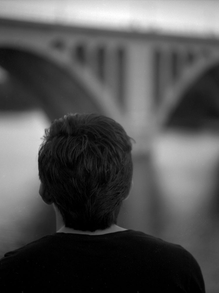 The Boy Who Dreams of a Bridge