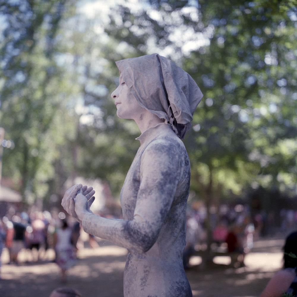 RennFest Statue Girl, Profile