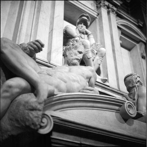 Dusk, Medici Tomb