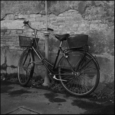 Chained Bike, Trastevere Alley