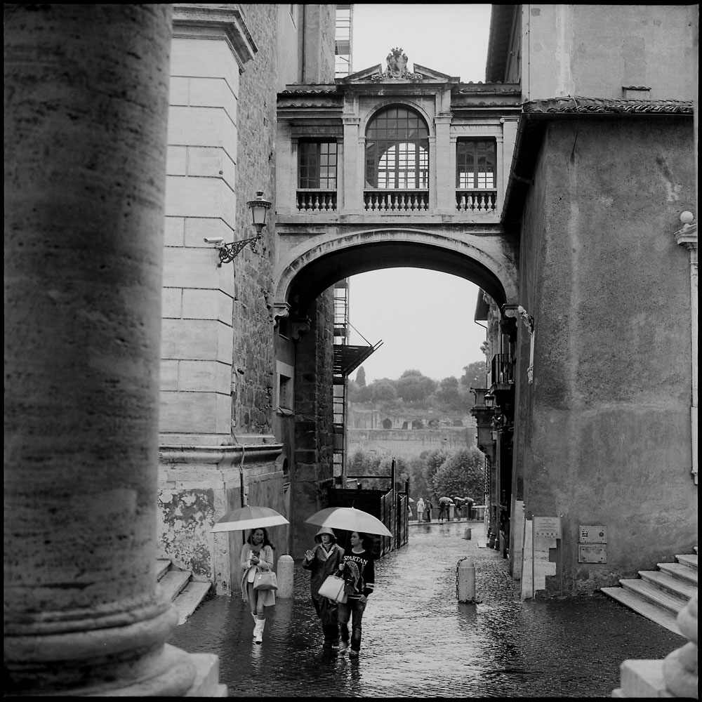 Bridge to City Hall, Capitoline Hill