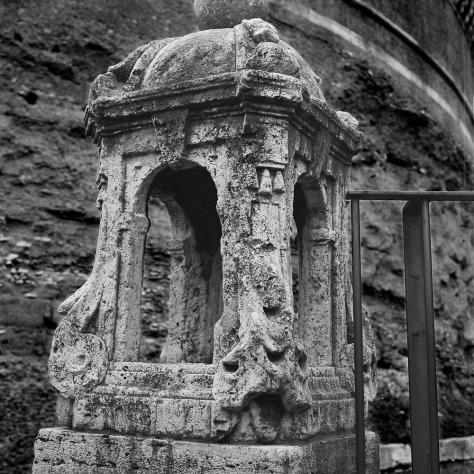 Stone Lantern, Castel Sant'Angelo