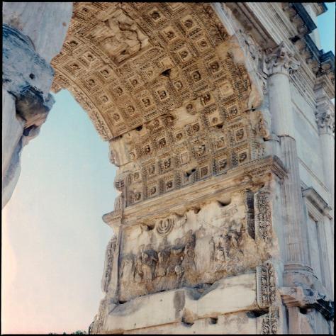 Arch of Titus, Interior