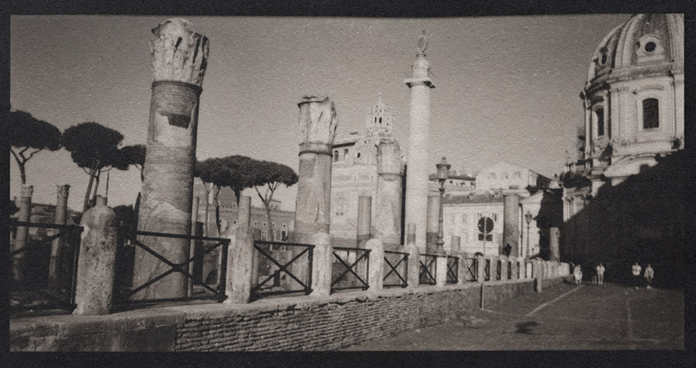 Trajan's Column, Via Fori Imperiali